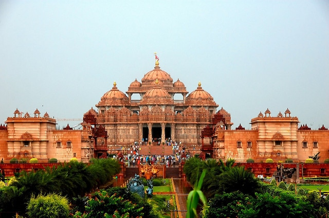 10 Most Famous Temples in Delhi - Trans India Travels
