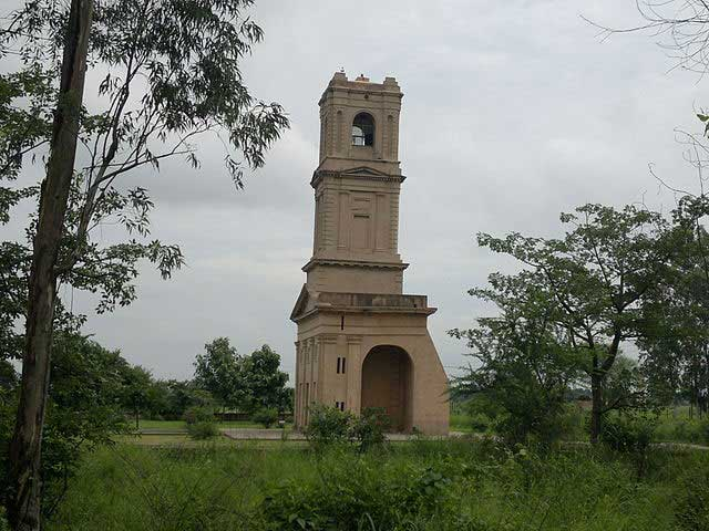 cantonment-church-tower-karnal