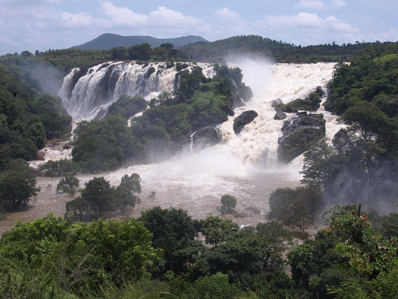 Shivanasamudram – Charming Waterfalls to Be Mesmerized With