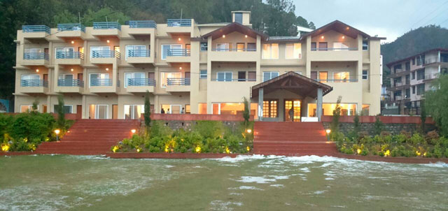 Una Comfort Kasauli Hill Resort