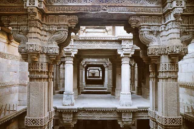 adalaj-step-well