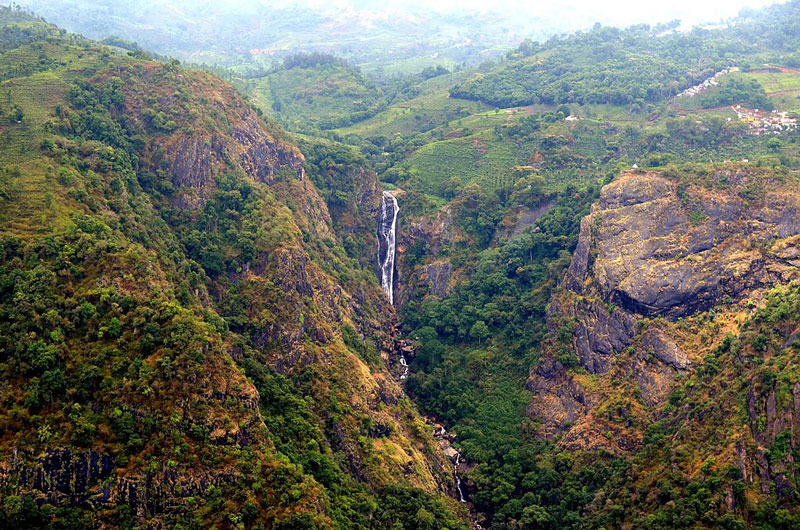 Catherine Waterfalls, Coonoor