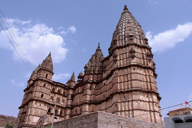 chaturbhuj-temple