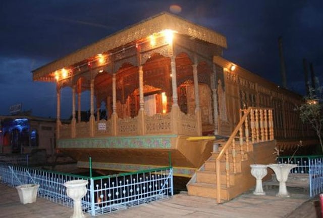 De-Laila Group of Houseboats