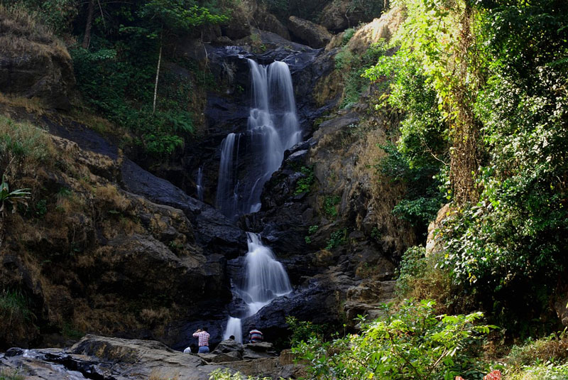 Iruppu Waterfalls