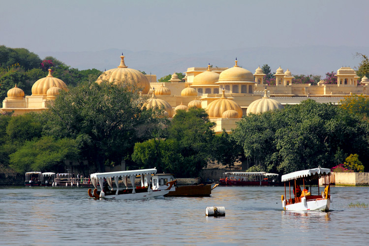Lake Pichola - Romantic Places to Visit in Udaipur