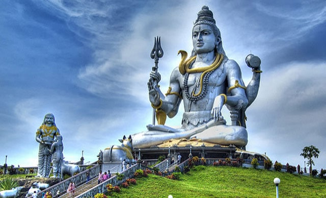 10 Most Famous Temples of Karnataka | Trans India Travels