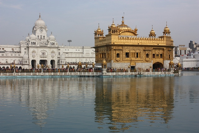 A history of the sikh religion in india