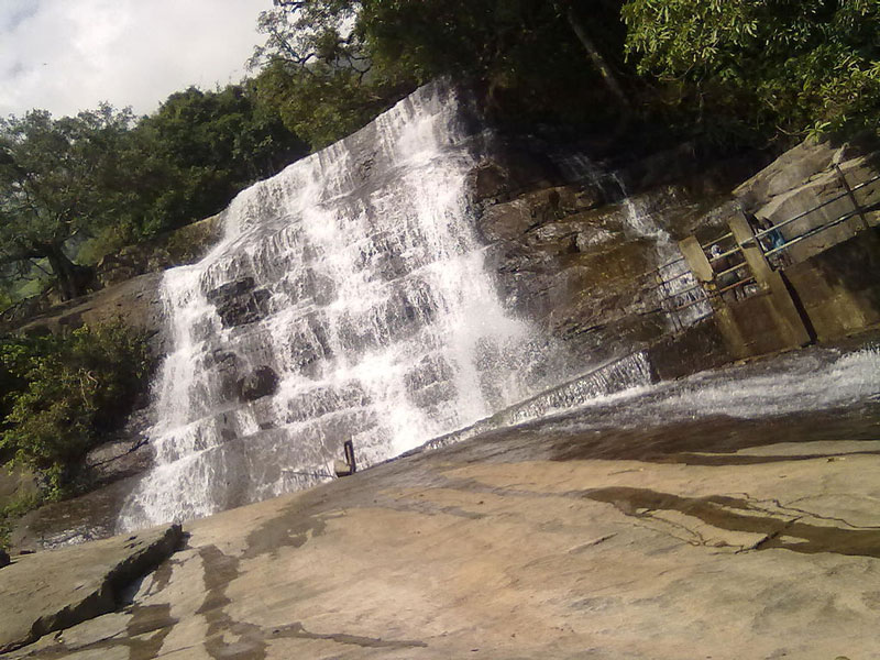 Suruli Waterfalls, Madurai